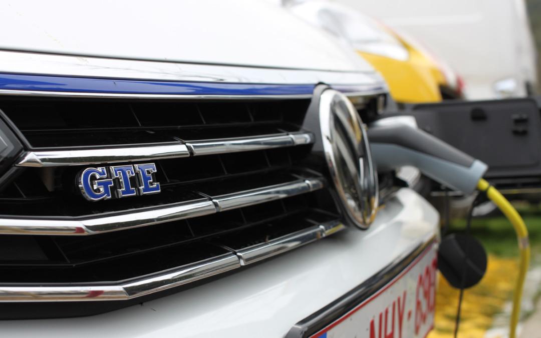 Une VW Passat GTE, plug-in hybrid pour inaugurer la ...